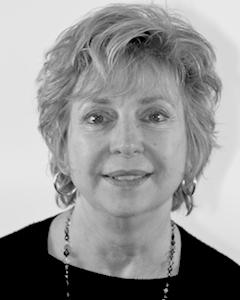 Ruth Elias, Alto